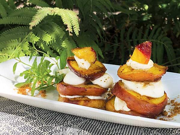 A Quick Tasty Grilled Peaches with Mascarpone Cheese Recipe